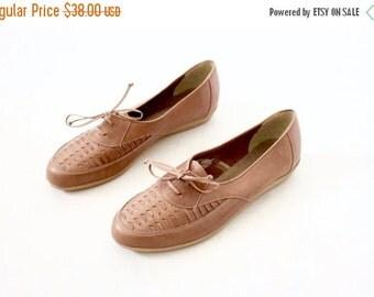 ON SALE Vintage 70's Caramel Brown Leather Lace Shoes Sz 8