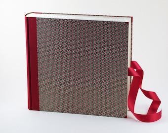 """Photo Album 30x30cm (12x12"""") cover CARTA VARESE Design """"Pearl Blooms"""""""