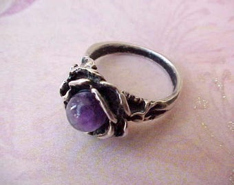Darling Vintage Sterling Silver Ring with Purple Stone in Rose