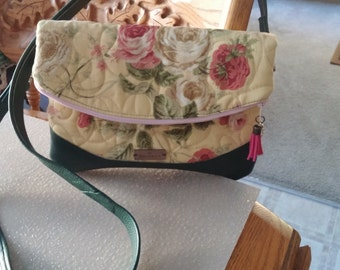 Fold over Purse, Quilted rose print, Green vinyl trim