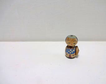 1.1in Vintage Japanese Miniature Wood KOKESHI Doll