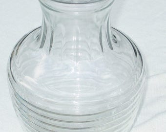 Vintage Ribbed Anchor Hocking Glass Pitcher Decanter with Glass Lid
