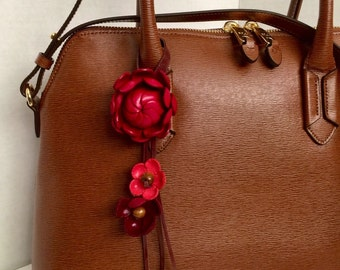 Shimmy's leather flower purse charm and keychain in red
