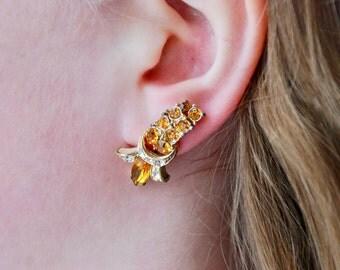 Vintage CORO Screw Back Earrings Yellow Topaz Rhinestones Gold Tone Cascade Hollywood Regency 1950's // Vintage Designer Costume Jewelry