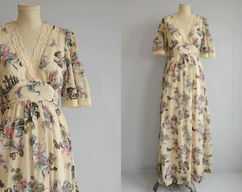 Vintage 1970s Maxi Dress / 70s Long Sheer Floral Cream Lace Boho Festival Prom Dress