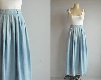 Vintage Ralph Lauren Skirt / 80s Designer Indigo Chambray Midi Skirt / Pleated Denim Skirt