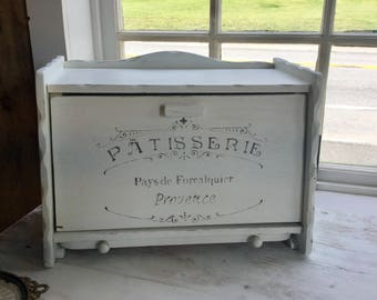 Vintage Wood Bread Box Painted Shabby Chic,Chalk Paint,Distressed White
