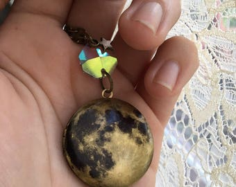 FULL MOON bronze locket with crystal rainbow prism