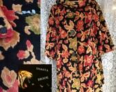 SALE. WAS 175. 60s Floral Chenile Tapestry Coat - Heavy Coat - Brocade Jacquard Jacket - Carpet Upholstery Coat - Womens Small Medium