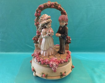 Vtg Anri music box the look of love