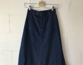 High Waisted Levi's Denim Skirt.