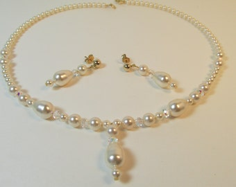 SWAROVSKI Pearl Necklace TEARDROP Creamrose Pearls  Crystals 14K Gold Fill and Plated Metals