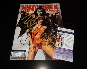 Gene Simmons KISS Autograph ( JSA ) Vampirella Magazine