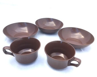 Vintage 70s BROWN Plastic Mix Match Dinnerware / Bowls And Cups