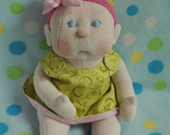 "Fretta's Flower BeBe Doll. 40.6 cm / 16"" Soft sculpture Baby Girl. Reversible Dress Girl Doll. Child Friendly Cloth Baby Doll."