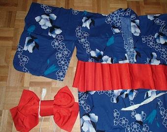 VINTAGE Wedding KIMONO 1990S/ JAPANESE Summer Kimono/Red Obi Belt n Fan Included/Made Japan Original/ Blue With Black n White Flower Print