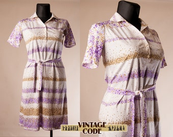 White purple print vintage short sleeve  Shirt dress  / 70s vintage Belted Shift dress Day dress Casual dress / Extra Large Plus size