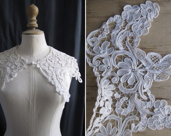 Antique lace collar, off-white for woman