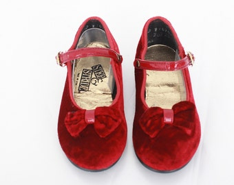 Vintage Red Mary Janes /  Todder Vintage Mary Janes / Red Velvet Shoes / White Mary Janes for Toddler Girl