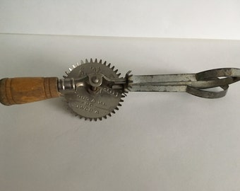 Vintage Toy Egg Beater, Beats Anything by A & J, Vintage Toy, Kitchen Gadget, Kitchen Decor