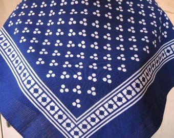Vintage cotton bandana Lillian Vernon navy blue and white  20 x 20 inches