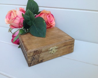 Rustic ring box