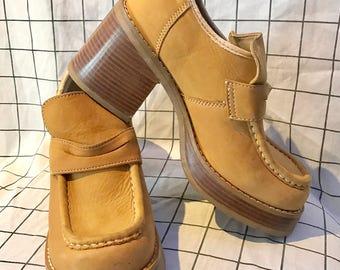 Vintage 70's Candies Chunky Tan Suede Leather Platform Heels