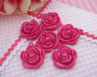 Vintage Hot Pink Plastic Flower Charms Pendants Gumball Prize – set of 6