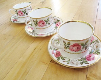 1969 Royal Worcester Royal Garden Teacup Saucer sets. 3 sets available (cup/saucer)   Very good   China Galore