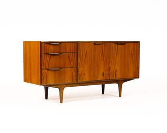 Danish Modern / Mid Century Compact Credenza / Sideboard by McIntosh – Dunvegan Range —  Lapel Pulls