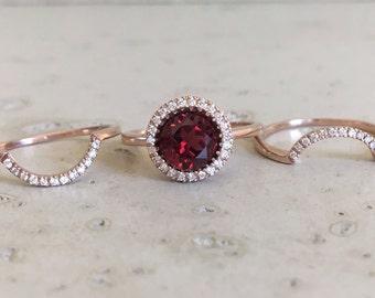 Round Garnet Engagement Ring- Rose Gold Garnet Engagement Ring Set- Garnet Bridal Set Ring- Garnet Halo Wedding Ring Set