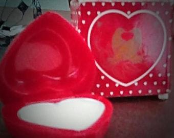 "Vintage Avon ""Loving Heart"" fragrance Glace"