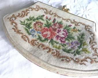 Petit point coin purse - embroidered coin purse - vintage embroidered coin purse - vintage petit point coin purse