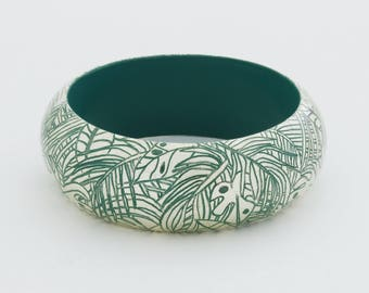 Bracelet JUNGLE - Engraved white gold. Tropical setting.