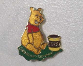 Vintage Connecticut-Cleveland Jaycees Disney Winnie the Pooh With Honey Pot Gold Tone Enamel Lapel Pin, 1980