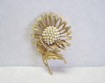 Beautiful Vintage Textured Sunflower Brooch