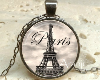 Eiffel tower necklace, Eiffel tower pendant, Eiffel tower jewelry, Paris necklace, Paris pendant, Paris, Pendant #SP159GM