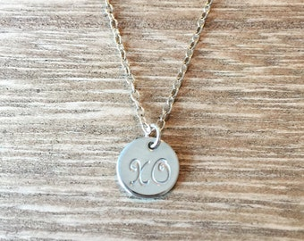 The XO Necklace