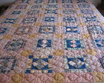 Double Irish Chain Quilt, Beautiful Antique Bed Cover, Provenance, Excellent Condition