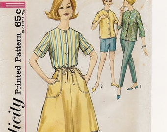 "A Tie-End Wrap Around Skirt, Collarless Blouse, Straight Shorts and Tapered Pants Pattern for Women: Size 16-1/2, Bust 37"" • Simplicity 4950"