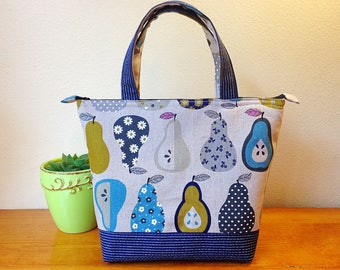 Insulated Lunch Bag/ Lunch Bag with Bottle Holder/ Lunch Bag insulated/ Pear pattern Lunch bag/ Lunch bag for Women