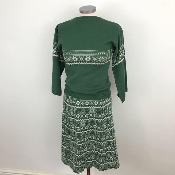 Vintage fairisle knit sweater skirt suit fern green A line skirt slash nexk 1940s 1950s style outfit acrylic knitted UK 10 12