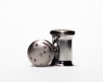 Silver and Black Minimalist Plugs, gauges    0g