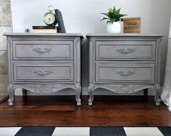 SOLD - Gorgeous Pair of THOMASVILLE French Provincial, French Country, Vintage Nightstands/End Tables/Side Tables
