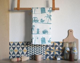 Tea Towel BARCELONA. Barcelona Print Dish towel. Kitchen Towel. Barcelona Print. original Illustration tea towel