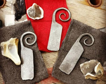 Hand forged Fire Steel with flint in a custom leather pouch, For Traditional Fire starting