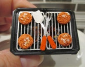 Dollhouse Miniatures - Hamburgers on a Hibachi Grill with Coals - BBQ, Picnic
