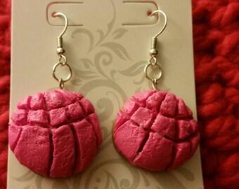 Pink concha pan dulce earrings