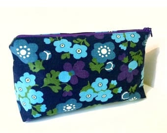 Handmade make up cosmetic bag toiletry bag in purple turquoise blue mod floral vintage fabrics. Fully lined. Retro. Swedish scandinavian