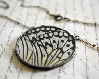 Real Butterfly Wing Necklace Soldered Jewelry Bohemian Necklace Insect Jewelry Round Necklace Woodland Jewelry Unique Gift for her